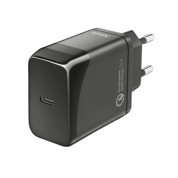 1. VELOX18 USB-C WALL 23140 trust